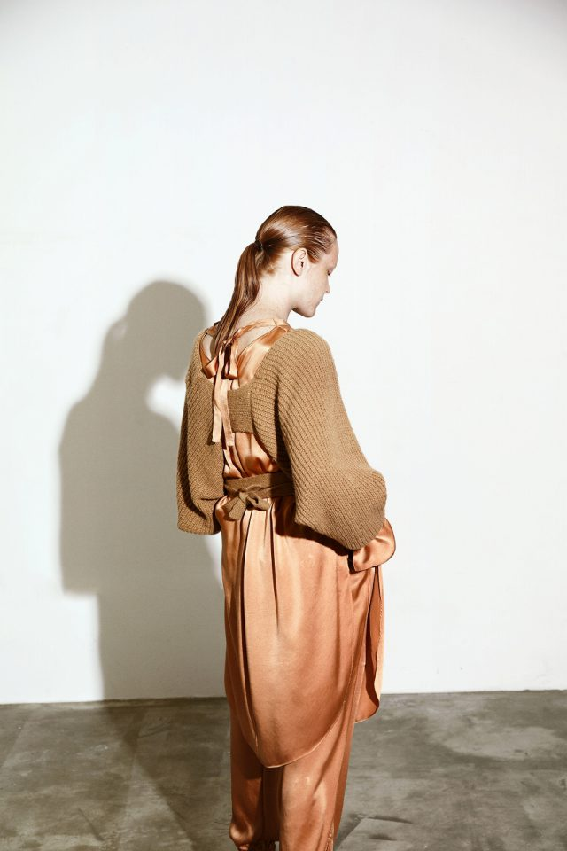 <h6>KNIT 095_CAMEL<br /> TUNIC 004 & PANTS 088_MAGNOLIA-RED CLAY</h6>